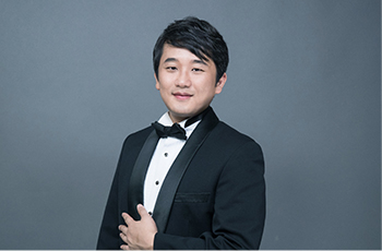 Tenor LEE HYEONSOO
